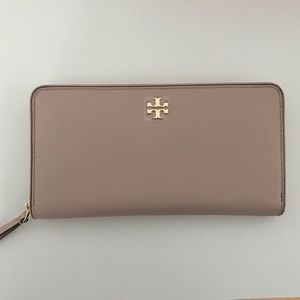 Brand New Tory Burch Wallet!